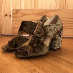 Cabi Velvet Chunky Holiday Heel